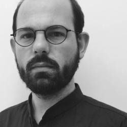 Dr Nicholas  Simcik Arese